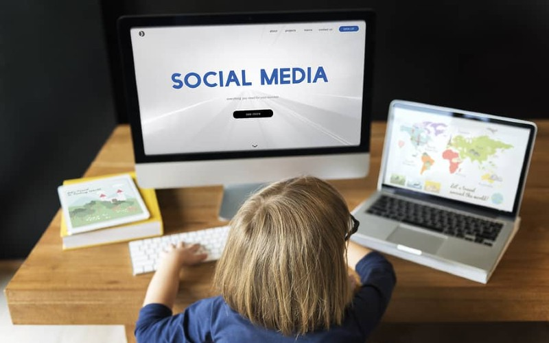 7 THINGS WE NEED TO TEACH OUR KIDS ABOUT SOCIAL MEDIA